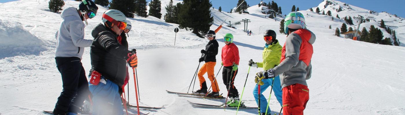 Ausbildung Skiverband Oberland Lehrwesen: Instructor und Grundstufen Skilehrer Ausbildung.